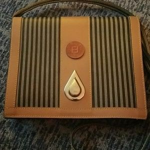 👜👛  Fendi Crossbody bag